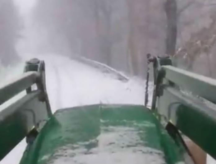 Μαγευτικό βίντεο από τον Σάκη Αρναούτογλου! Χιονισμένο το τοπίο σε περιοχή της Ελλάδας!