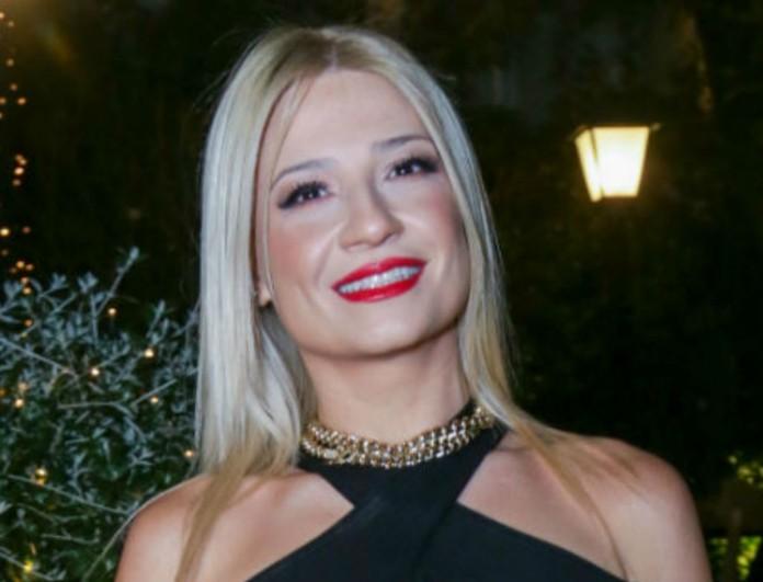 Γιόρτασε τα 40 με τον σύντροφο της Νίκο Ηλιόπουλο και μαύρο φόρεμα η Φαίη Σκορδά - Κοστίζει 59,90