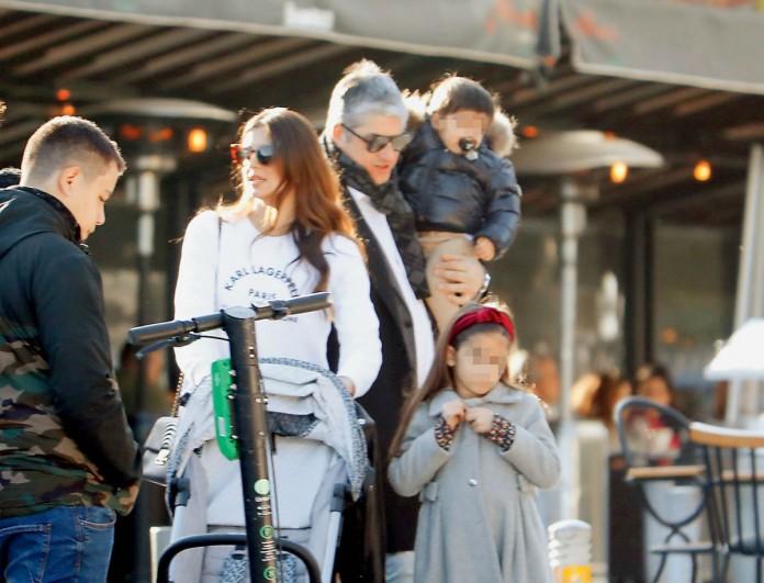 Σταματίνα Τσιμτσιλή - Θέμης Σοφός: Πέρασαν την επέτειό τους με τα παιδιά στο κέντρο της Αθήνας