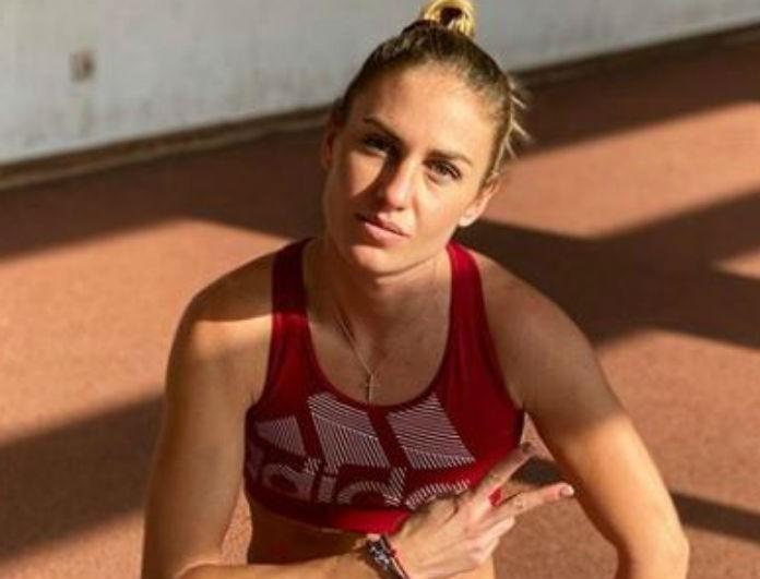 Κατερίνα Δαλάκα: Πιο αδύνατη από ποτέ η πρώην παίκτρια του Survivor! Το κόκκινο κολάν έδειξε τα πόδια της όπως είναι!