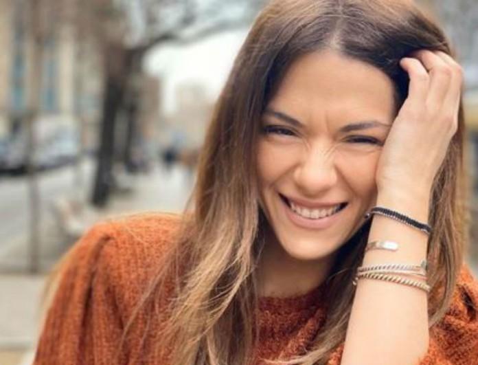 Η Βάσω Λασκαράκη σε ταξίδι εκτός χώρας - Πέσανε ξεροί με τα παπούτσια της