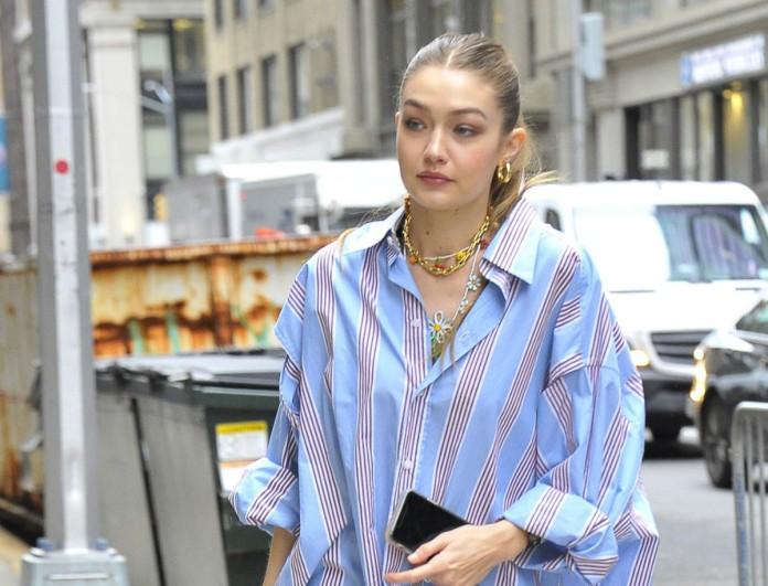 Gigi Hadid: Συνδύασε το boyfriend πουκάμισο της με τα πιο stylish χρυσά κοσμήματα!