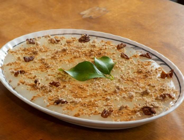 Μαεριά με κανέλα από την Κω - Κρεμώδες παραδοσιακό γλυκό από τα χεράκια της Αργυρώ Μπαρμπαρίγου