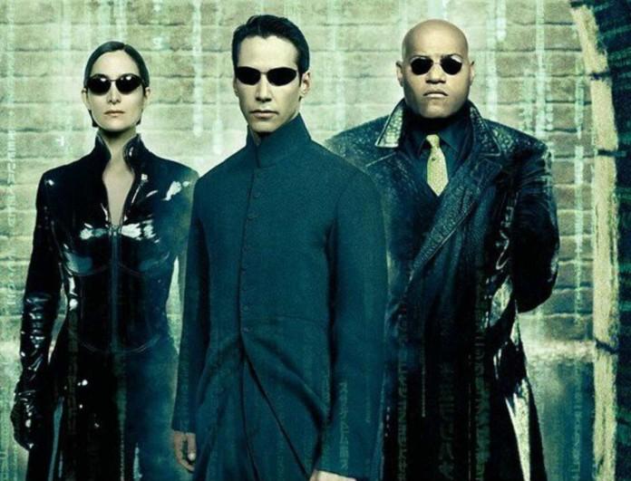 Fashion Alert - Η μόδα του Matrix κάνει δυνατό comeback - Εσύ θα το δοκιμάσεις;