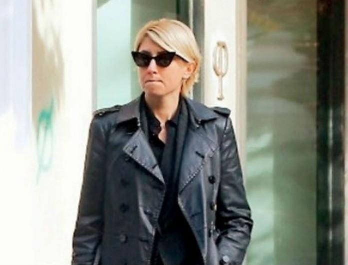 Σία Κοσιώνη: Φόρεσε στον ΣΚΑΙ το πιο αυστηρό κοστούμι! Το σακάκι της μόνο κοστίζει 142 ευρώ!