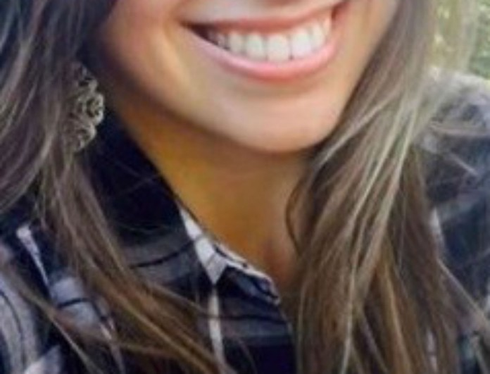 Νεκρή στα 25 της τραγουδίστρια - Παρασύρθηκε από αυτοκίνητο