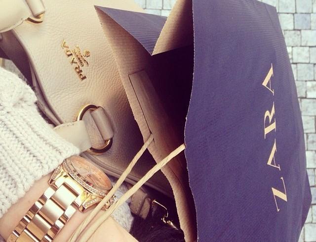 Παραμυθένια η τσάντα καλάθι στα Zara - Με πέρλες η χειρολαβή