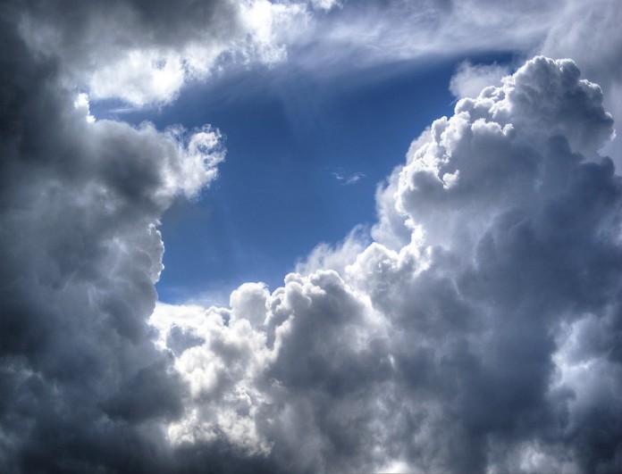 Καιρός: Ανεβαίνει η θερμοκρασία σήμερα - Η πρόγνωση για την Καθαρά Δευτέρα