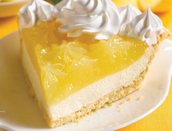 Φτιάξε την lemon pie της Βέφας Αλεξιάδου και «τρέλανε» κόσμο - Προσοχή στο χυμό λεμονιού