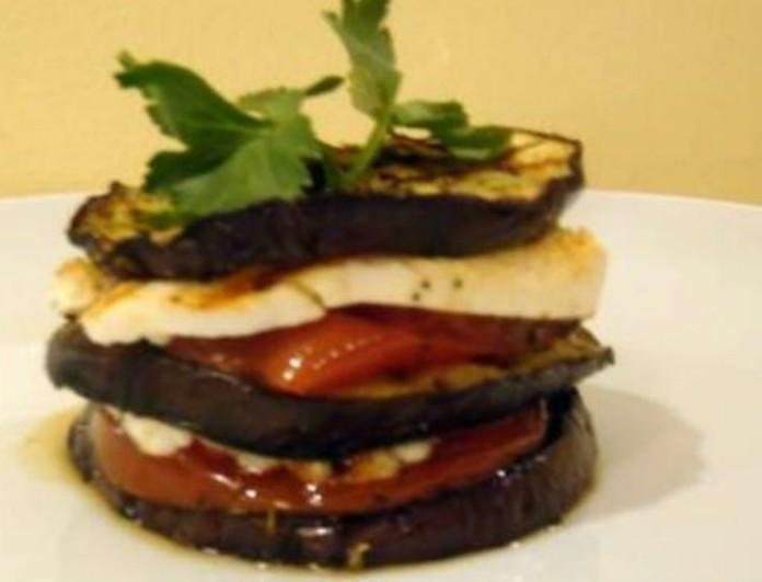 Ναπολεόν με μελιτζάνα, μανούρι και ντομάτα της Βέφας Αλεξιάδου - Το λεμόνι θα το κάνει όνειρο