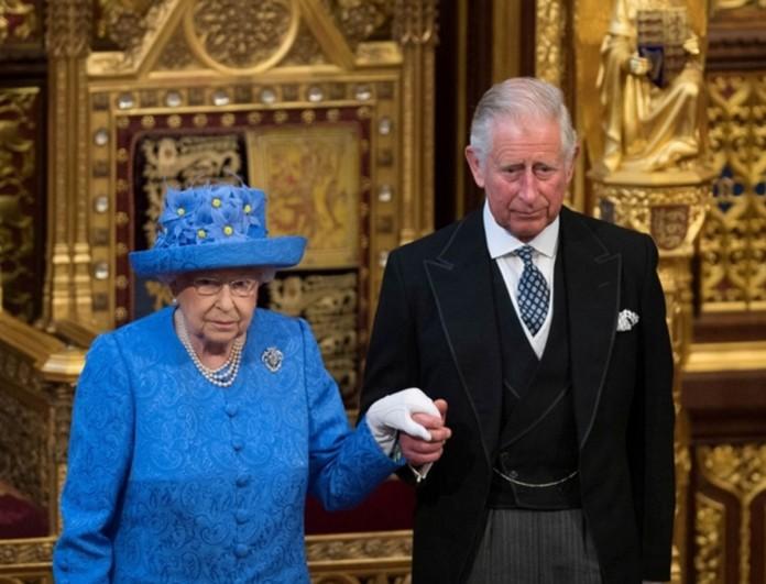 Άνω κάτω το Buckingham για τον Κάρολο - Τι συμβαίνει με την Βασίλισσα Ελισάβετ;