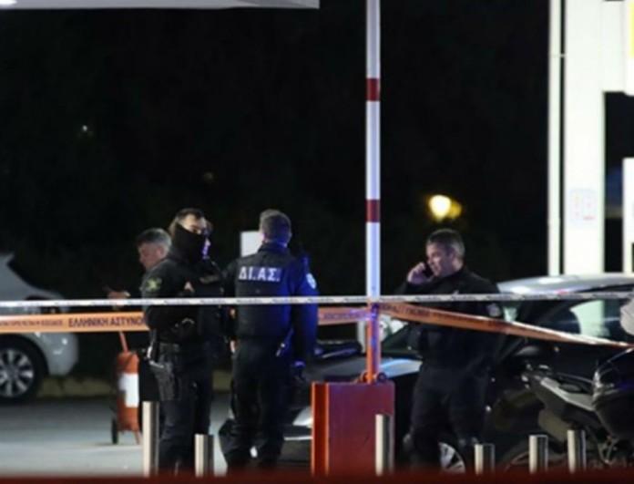 Έγκλημα Κάτω Κηφισιά: Γιατί τρελάθηκε ο αστυνομικός;