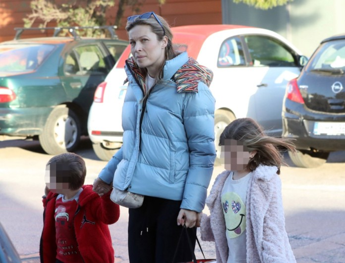 Τα παιδιά της Μαριέττας Χρουσαλά μεγάλωσαν και είναι κουκλιά - Σε ποιον μοιάζουν;