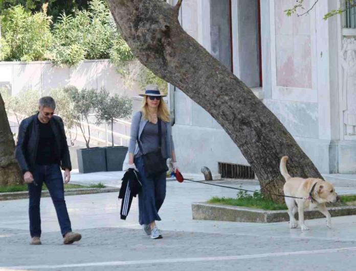 Σμαράγδα Καρύδη - Θοδωρής Αθερίδης: Μετακίνηση 6 με γάντια στην Ακρόπολη