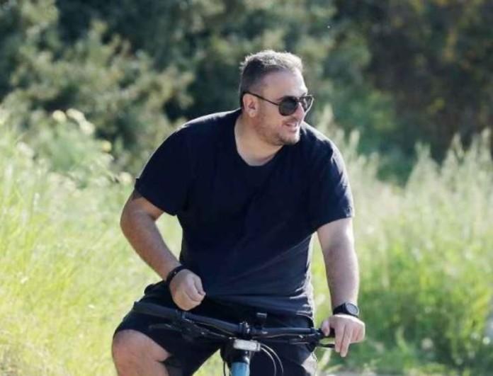 Αντώνης Ρέμος: Δεν φαντάζεσαι με ποιους βγήκε για βόλτα με το ποδήλατο
