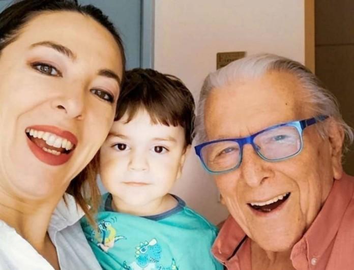 Συγκίνηση με την Αλίκη Κατσαβού - Οι στιγμές της με τον μικρό Φοίβο μετά το θάνατο του Κώστα Βουτσά