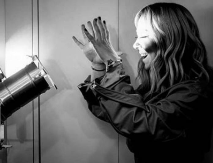 Η Μελίνα Ασλανίδου ανακοίνωσε τα ευχάριστα αλλά πέσανε να τη