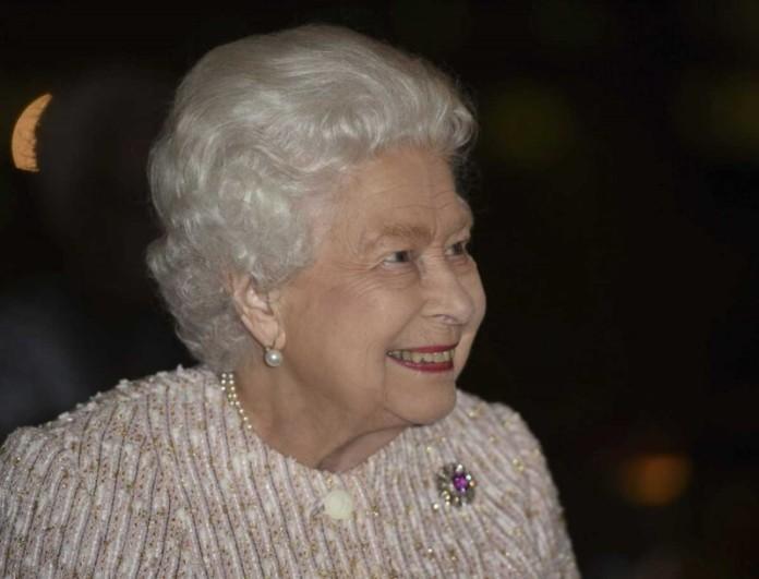 Βασίλισσα Ελισάβετ: Έχει γενέθλια! Το βίντεο του Buckingham με τα αδημοσίευτα πλάνα