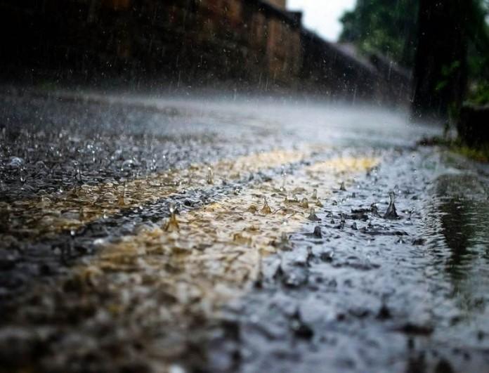 Καιρός (19/2): Νεφώσεις και τοπικές βροχές - Ποιοι θα κρατήσουν ομπρέλα