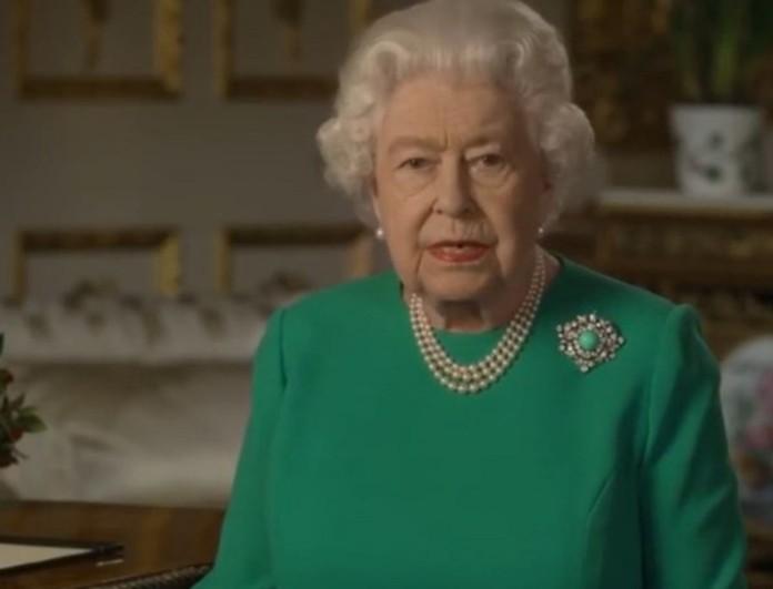 Χαμός στο Buckingham με τη δήλωση της Ελισάβετ: «Όσο σκοτεινός είναι ο θάνατος...»