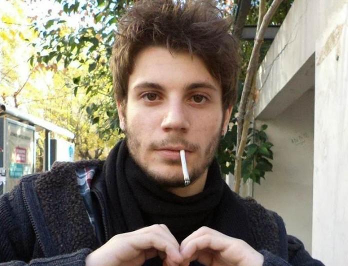 Μικρός και χωρίς δόντια ο Μανωλάκης από το Καφέ της Χαράς - Θα μείνετε με την φωτογραφία