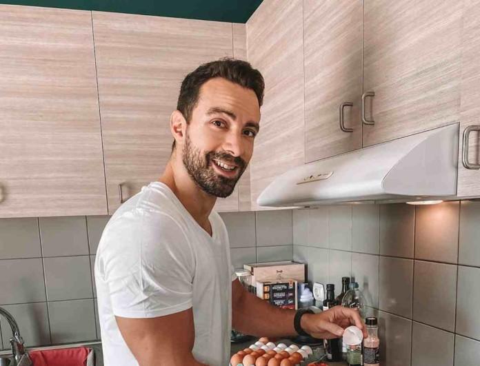 Μπήκε στην κουζίνα και μεγαλούργησε ο Σάκης Τανιμανίδης - Το brunch που ετοίμασε στην Χριστίνα Μπόμπα