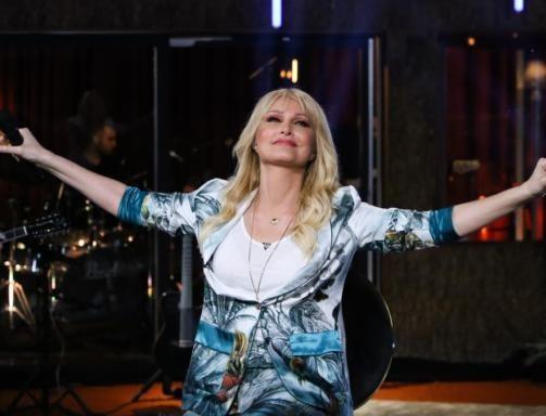 Mega: Η Νατάσα Θεοδωρίδου έφτασε στο κόκκινο τα νούμερα τηλεθέασης - Παραλήρημα στο Twitter