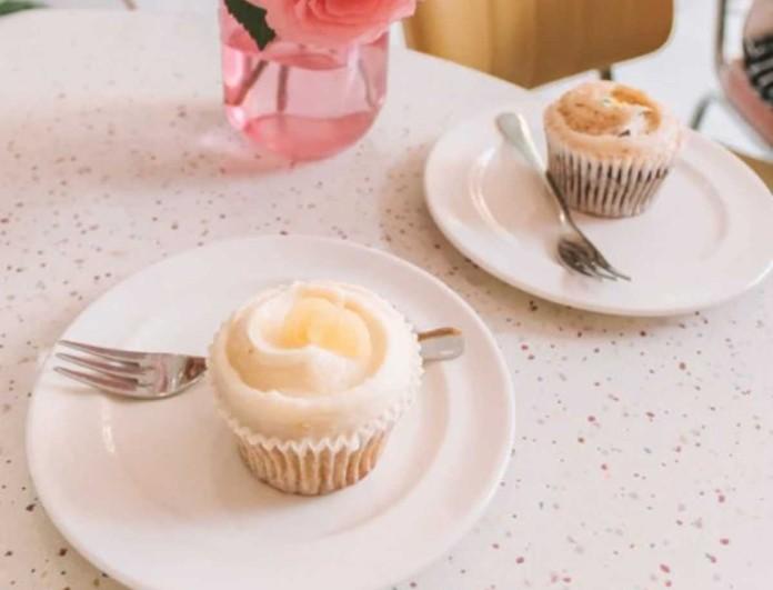 «Εθισμός» με τα cupcakes λεμόνι - Θα γλείφουν όλοι τα δάχτυλά τους