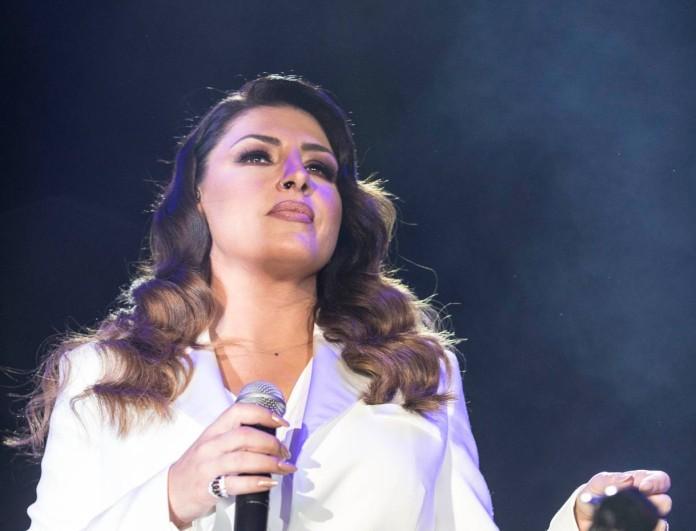 Έλενα Παπαρίζου: Δείτε τώρα πως είναι χωρίς μακιγιάζ στο πρόσωπό