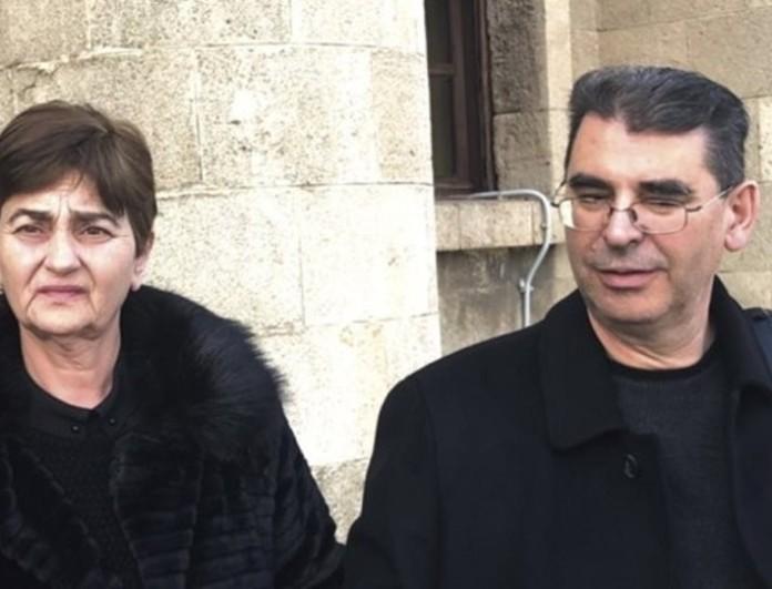 Κατέρρευσε στο δικαστήριο η μητέρα της Ελένης Τοπαλούδη