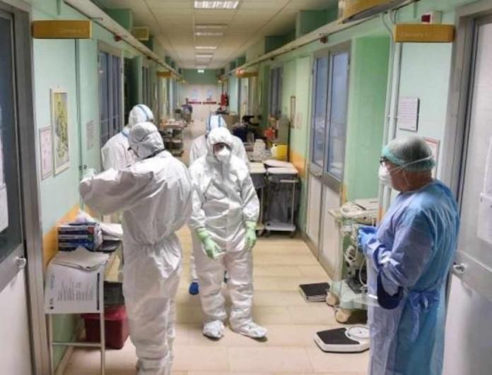Κορωνοϊός: 55χρονη με συμπτώματα εργαζόταν στο Δημόσιο