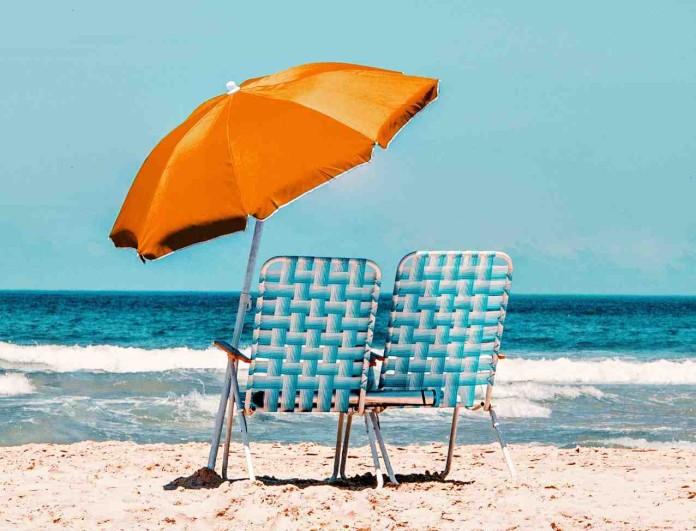 Τάσος Δούσης: Δίνει ιδέες για το καλοκαίρι - Οι παραλίες της Αττικής που δεν γνώριζες