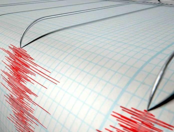 Ισχυρός σεισμός 6,9 Ρίχτερ στην Ινδονησία