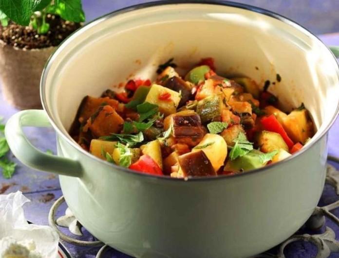 Βάλε λίγο λεμόνι στο καλοκαιρινό τουρλού με ντομάτα και φέτα της Αργυρώ Μπαρμπαρίγου - Σούπερ διαιτητική συνταγή