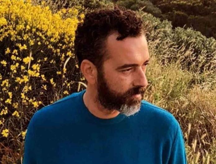 Άγγελος Μπράτης: Πόζαρε στο πλευρό του Γιώργου Καράβα και τα σχόλια στην ανάρτηση ήταν χιλιάδες