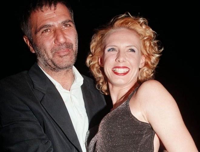 Νίκος Σεργιανόπουλος: Οι απειλές και το ραντεβού του δολοφόνου πριν σφάξει τον ηθοποιό! Ένα βιβλίο αποκαλύπτει τα πάντα