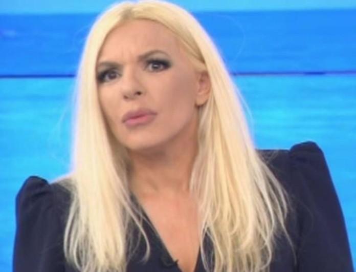 Αννίτα Πάνια: Το τηλεφώνημα που δέχτηκε στο OPEN - «Σε είδα δει με τον Καρβέλα στο...»