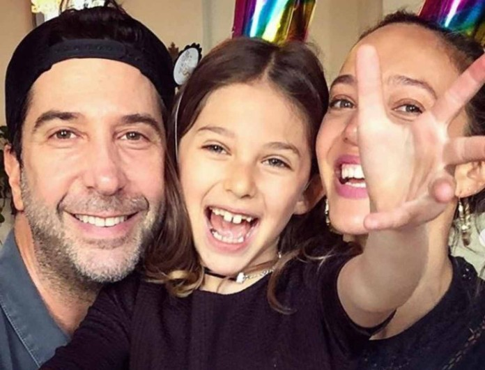 Η 9χρονη κόρη του «Ρος» από τα Φιλαράκια ξύρισε το κεφάλι της - Τι συνέβη;