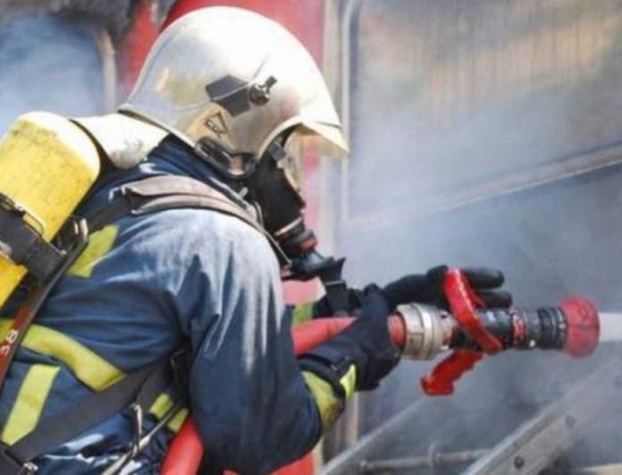 Φωτιά τώρα στο Άλσος Βεΐκου