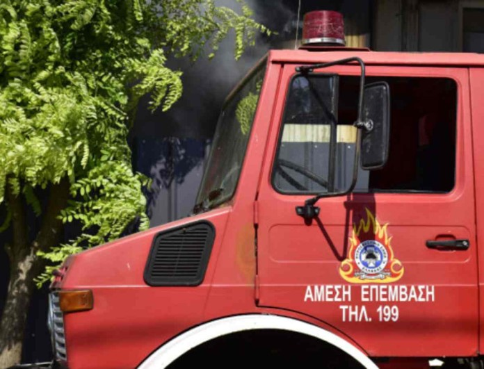 Συναγερμός στη Ζάκυνθο - Ξέσπασε φωτιά κοντά σε σπίτια