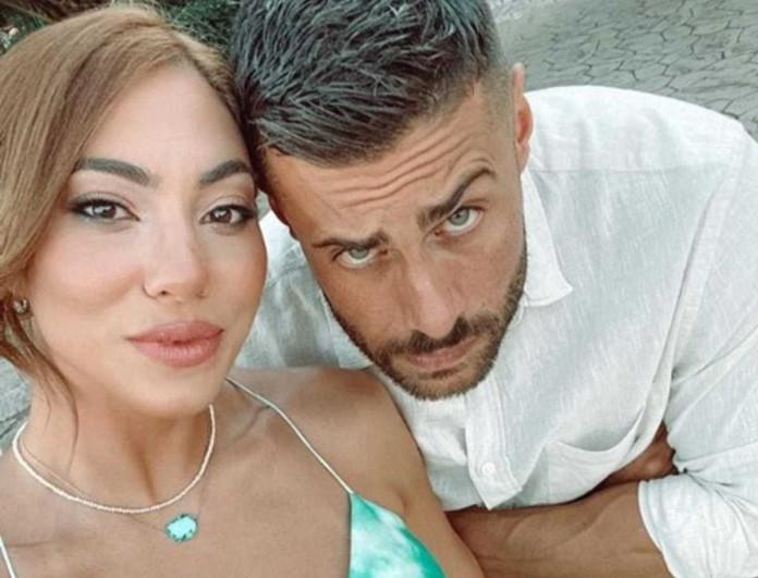 Ευρυδίκη Βαλαβάνη: Στην παραλία με τον Κωνσταντίνο Βασάλο χωρίς ίχνος μακιγιάζ