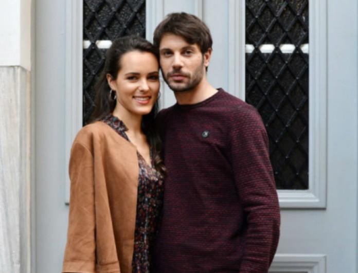 Παντρεύονται Μάνος και Αρετή στο Καφέ της Χαράς - Κουμπάρα τους η Βάλια Χάσκα