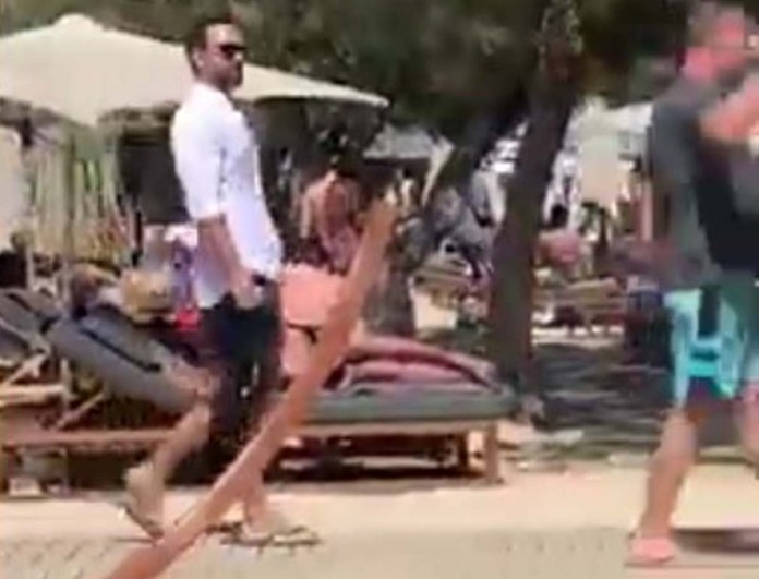 Σε παραλία της Μυκόνου χωρίς την Χριστίνα Μπόμπα ο Σάκης Τανιμανίδης