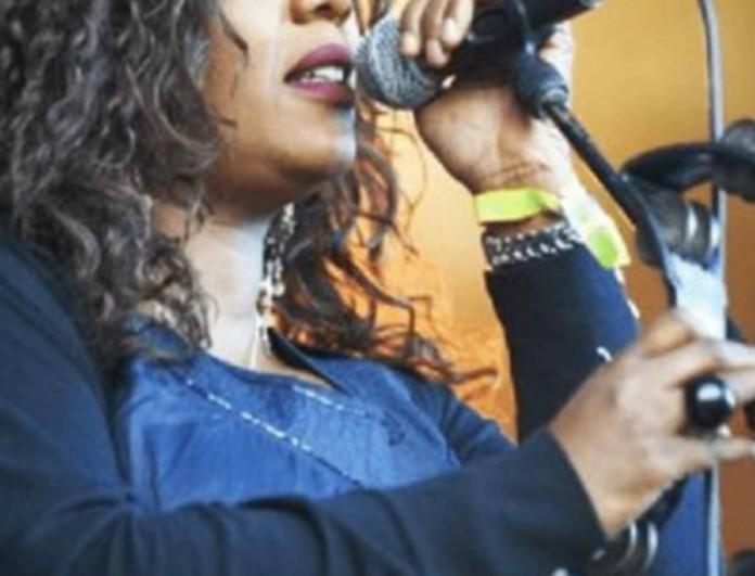 Ποια πασίγνωστη τραγουδίστρια πέθανε;
