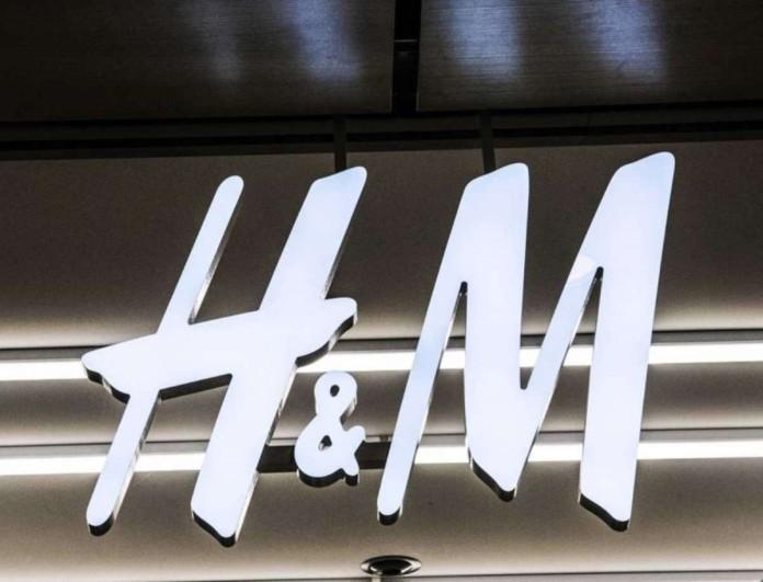 Στα H&M με 34,99 ευρώ τα κορυφαία στις τάσεις της μόδας μποτάκια