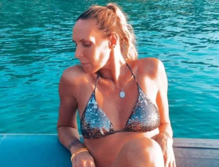 Κορμάρα στα 49 της η Εβελίνα Παπούλια - Οι φωτογραφίες που «έριξαν» το Instagram