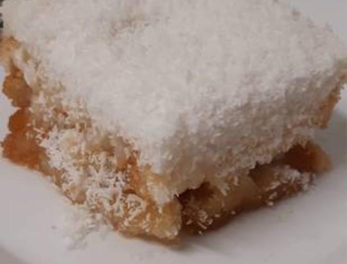 Οικονομικό γλυκό ψυγείου με καρύδα - Tα υλικά τα έχουμε όλοι στην κουζίνα
