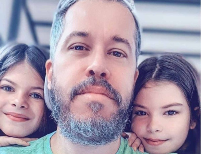 Χάρης Βαρθακούρης: Συγκίνησε με την ανάρτησή του - «Σε λατρεύουμε ερωτάκι μας»
