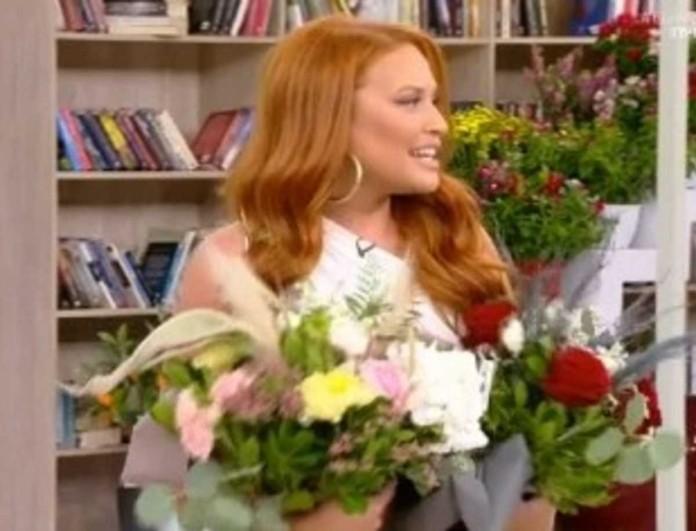 Έλα Χαμογέλα: Πρεμιέρα με γενέθλια για τη Σίσσυ Χρηστίδου - Τη γέμισαν λουλούδια οι συνεργάτες της