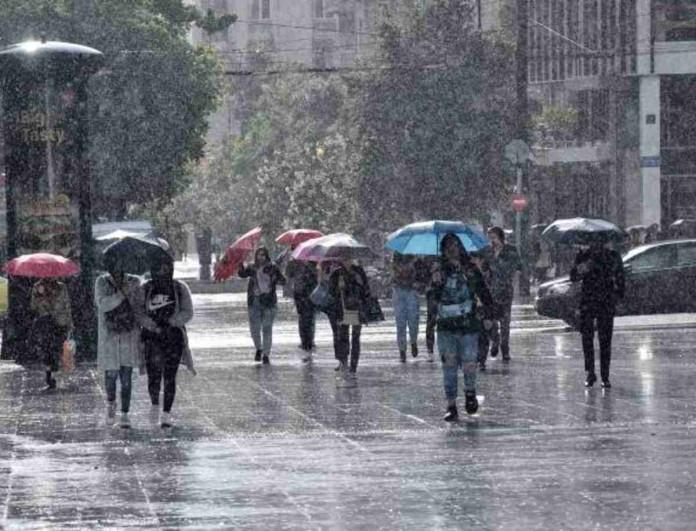 Καιρός σήμερα: Σε αυτές τις περιοχές θα έχουμε βροχές και καταιγίδες